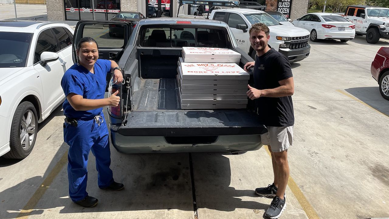 Students pick up pizza